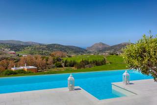 casa del sol syros swimming pool