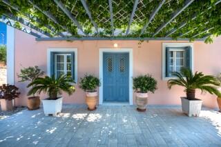 green villa casa del sol building