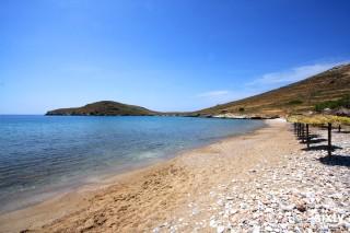 syros island casa del sol delfini beach