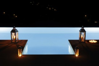 villa casa del sol night pool