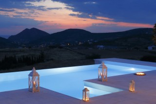 villa casa del sol night pool view