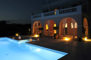 villa casa del sol night view pool